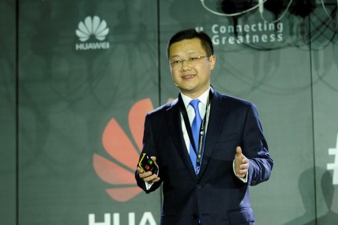 Tyrone Liu, CEO Consumer Business Group for Huawei Latin America, hablando sobre el éxito de Huawei en Latinoamérica