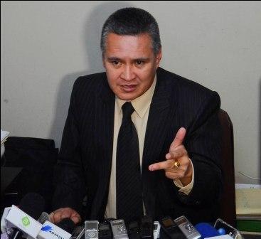 Defensa-de-Zapata-denuncia-amenaza-y-amedrentamiento