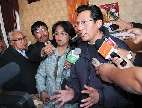 Informe. El senador Joaquino (MAS), presidente de comisión. Foto: AFKA-archivo