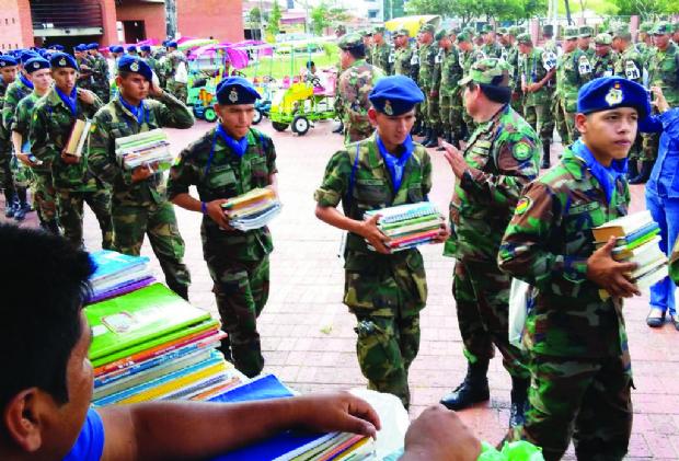 Bolivia Lee recaudó unos 150 mil libros y superó en 50% su meta