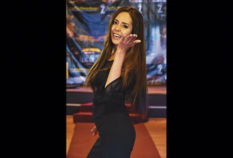 La anfitriona Kelly Molina