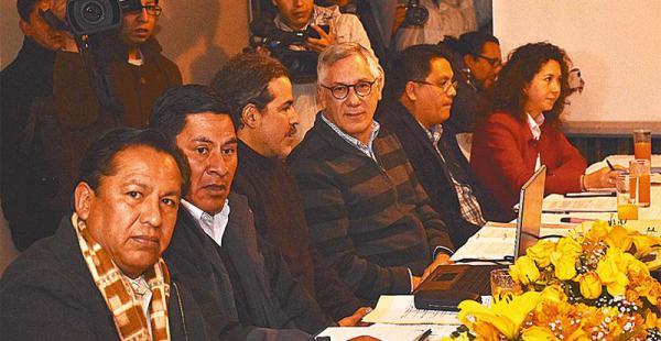 Acompañados por Rodríguez Veltzé, el Consejo de Defensa del Silala tuvo su primera reunión estratégica