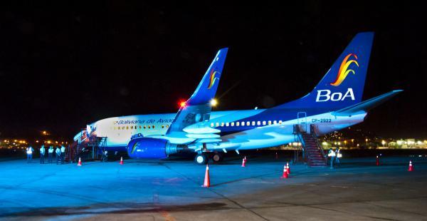 Un avión de Boa, similar a este, fue enviado a Cancún para traer a los estudiantes de la promoción