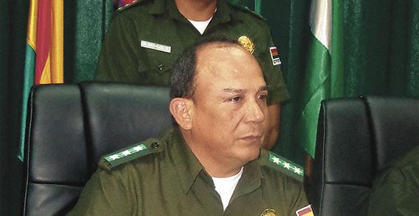 El comandante, Sabino Guzmán