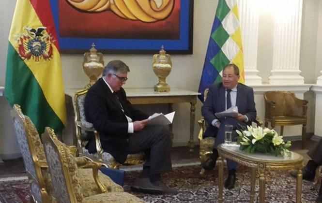 Bolivia entrega nota de protesta a Cónsul chileno por el maltrato a comitiva en Arica