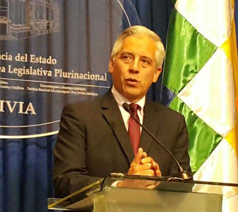 El vicepresidente Álvaro García Linera durante su conferencia de este martes