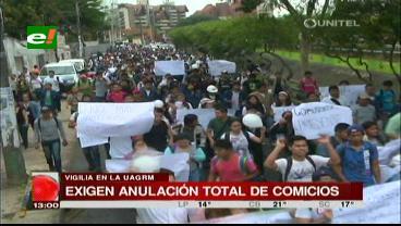 Estudiantes exigen anulación total de las elecciones y renuncia de la Corte