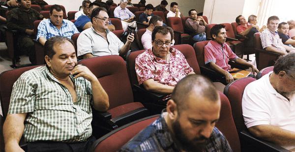 El juicio por terrorismo se reanudará el 15 de agosto, según el tribunal