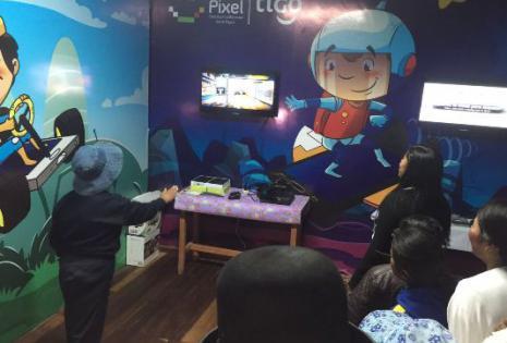 Los niños acceden a distintas aplicaciones didácticas y juegos