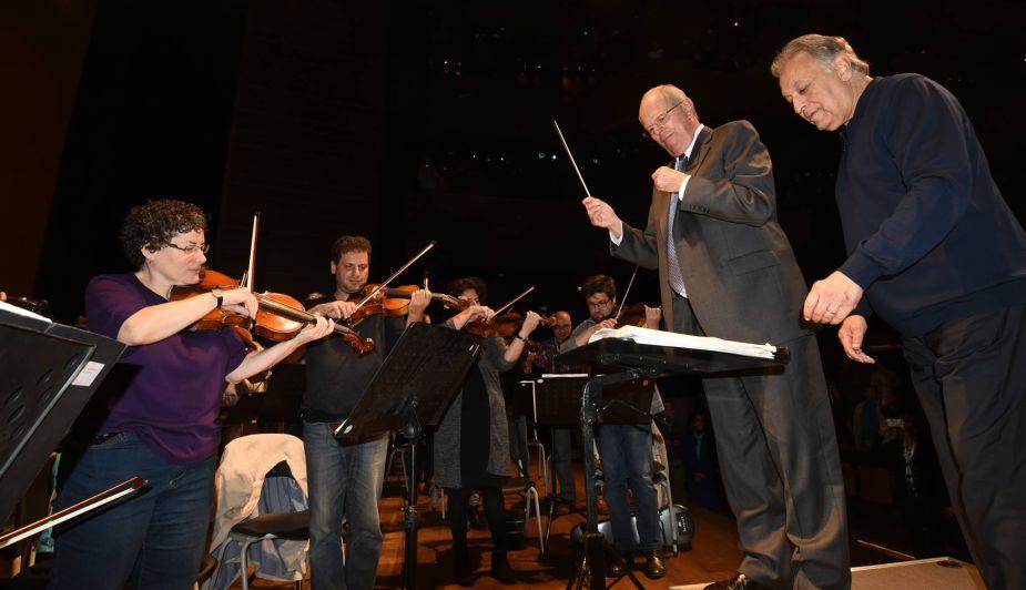 PPK dirigió a la Orquesta Filarmónica de Israel para que interprete el Himno Nacional del Perú [Fotos]