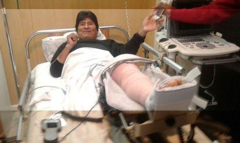 Evo Morales desde la Clínica Los Olivos en Cochabamba. Foto: Fernando Cartagena