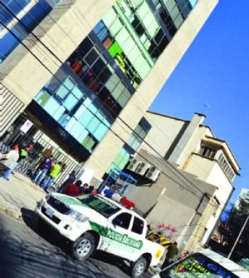 Un empleado de Tote's muere tras caer del piso 8 de un edificio