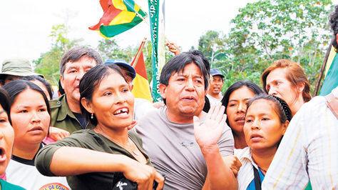 """David Choquehuanca dijo que fue obligado a marchar para romper un cerco policial. Fue usado como """"escudo humano""""."""