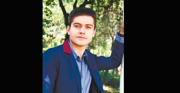 rostro solicitado también es el embajador de la marca de café nespresso en méxico El capítulo en el que actuó en la serie La rosa de Guadalupe salió al aire el 9 de agosto de México