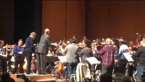 El presidente del Perú dirigió a la Orquesta Filarmónica de Israel