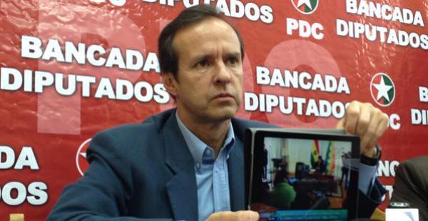 El expresidente del país y jefe del Partido Demócrata Cristiano se opone a la reelección de Evo Morales.