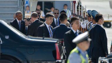 El presidente de EE.UU., Barack Obama, al arribar a Hangzhou, China, para  la Cumbre del G20. Un incidente entre los miembros de la seguridad de China y EE.UU., se registró en el aeropuerto.  (Crédito: Etienne Oliveau/Getty Images).