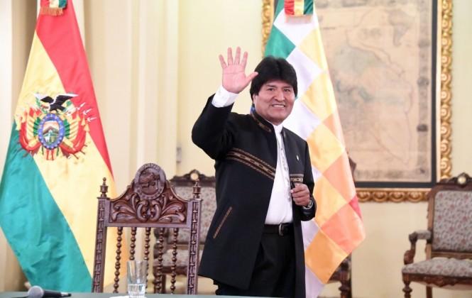 Evo Morales: Parte de la ayuda de Venezuela y China hemos desviado para cooperativistas