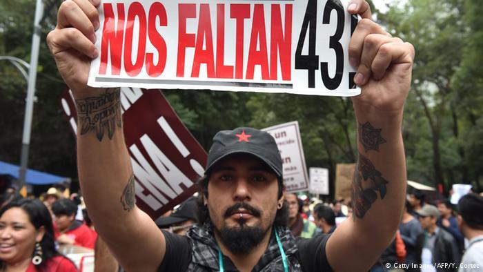 Mexiko Proteste Jahrestag vermisste Studenten aus Ayotzinapa