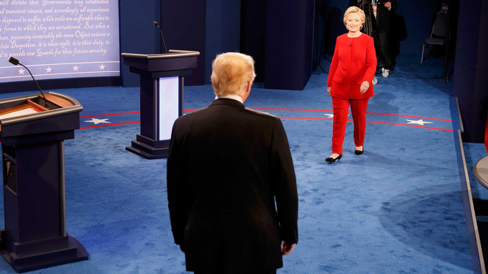 """(Reuters) """"Tenemos que impedir que sean robados nuestros empleos"""", señaló Trump"""