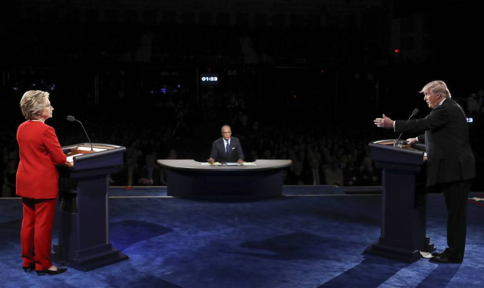 Hillary Clinton y Donald Trump durante el debate.