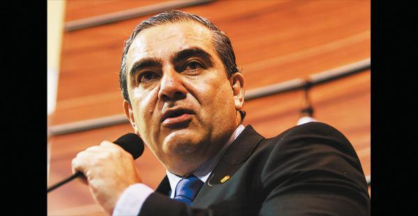 El ministro Siles habló de la reunión de mañana en La Paz