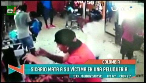 Colombia: Matan a un hombre mientras era atendido en una peluquería