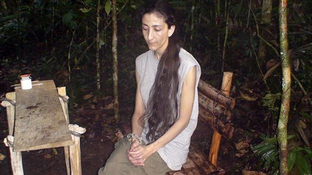 Ingrid Betancourt, en la selva colombiana durante su secuestro en manos de las FARC