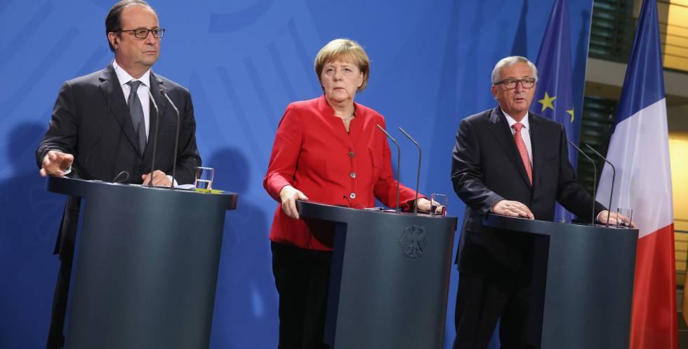 François Hollande, Angela Merkel y Jean-Claude Juncker, en Berlín.