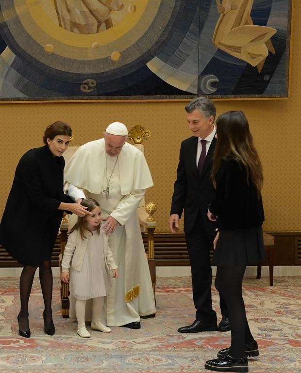 Antonia se animó a hacerle algunas preguntas al Papa