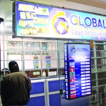 Casas de cambio, obligadas a dar facturas sin crédito fiscal