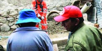 Mueren tres personas en accidente en tramo Poopó-Oruro