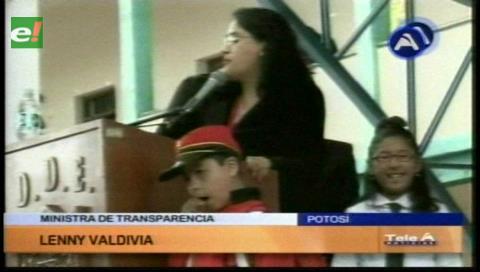 Más de 185.000 estudiantes recibieron el bono Juancito Pinto en Potosí