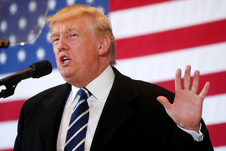 El candidato republicano a la Casa Blanca, Donald Trump, durante un acto electoral en Cedar Rapids, Iowa, EE.UU., 29 de octubre de 2016