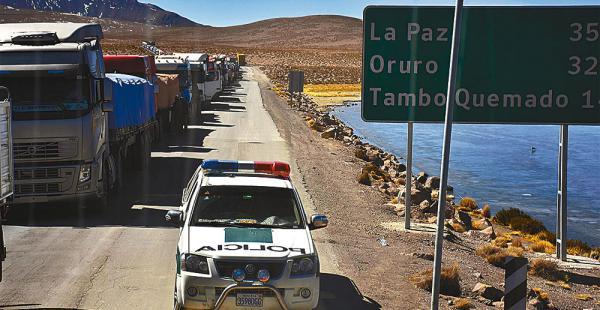 Paro en Chile afecta al transporte pesado