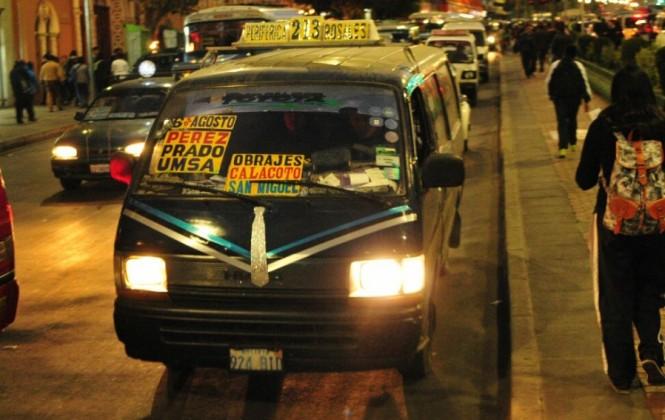 Revilla espera que hasta el 15 de noviembre el transporte público cubra todas las rutas nocturnas