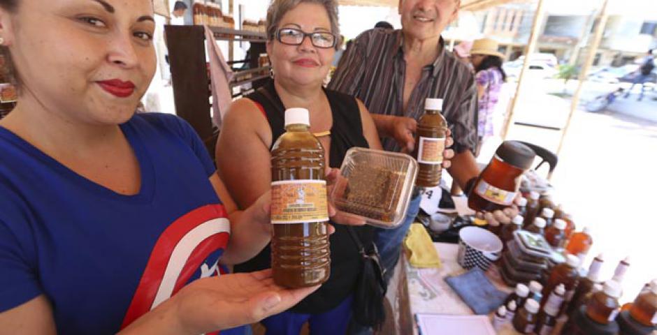 La feria de la miel en Portachuelo