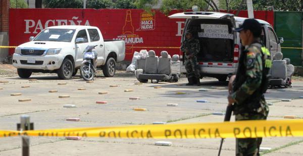 Estos son algunos de los vehículos que la Felcn les incautó a los traficantes de droga