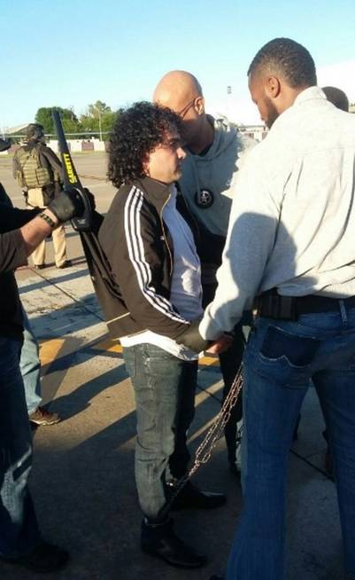 """Henry de Jesús López Londoño (45, alias """"Mi Sangre"""") fue extraditado a Estados Unidos en un operativo relámpago y sorpresa."""