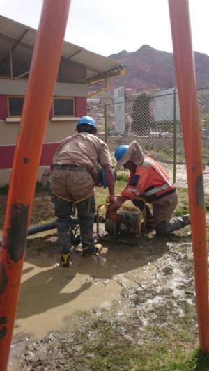 """Inician trabajos para controlar fuga de agua en el parque de """"Las Cholas"""""""