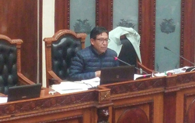 El ministerio de la Presidencia acredita los viajes de los dirigentes al exterior, afirma Canciller