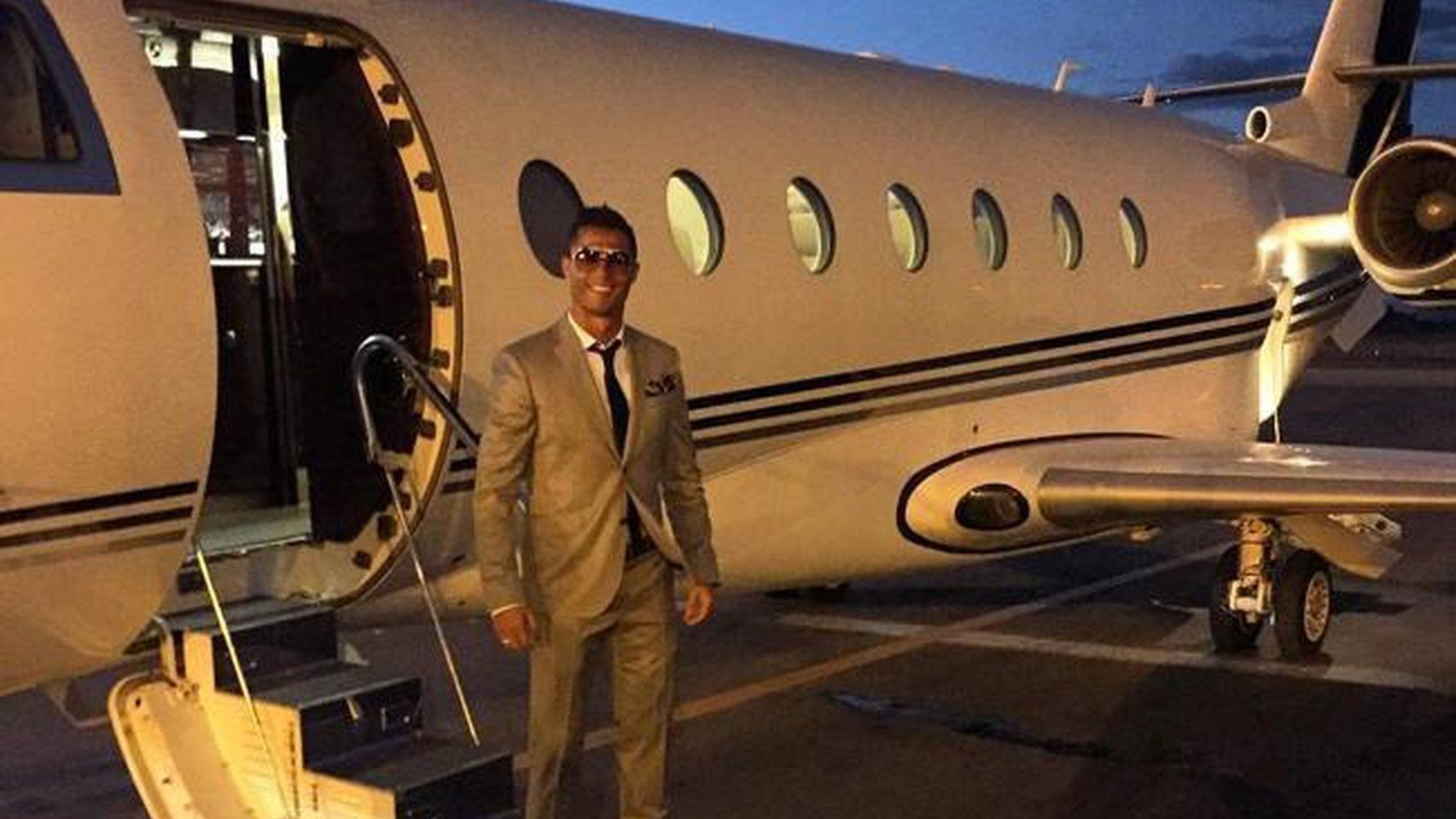 Cristiano aterriza con su jet privado en Marrakech