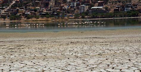 La sequía en la laguna Alalay, Cochabamba