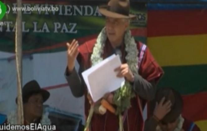 Vicepresidente pide a comunarios invertir en agua para afrontar la larga sequía