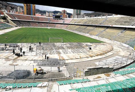Vista. Una panorámica desde la tribuna sur del estadio Hernando Siles muestra cómo luce el lugar donde se instalará la nueva pista atlética.
