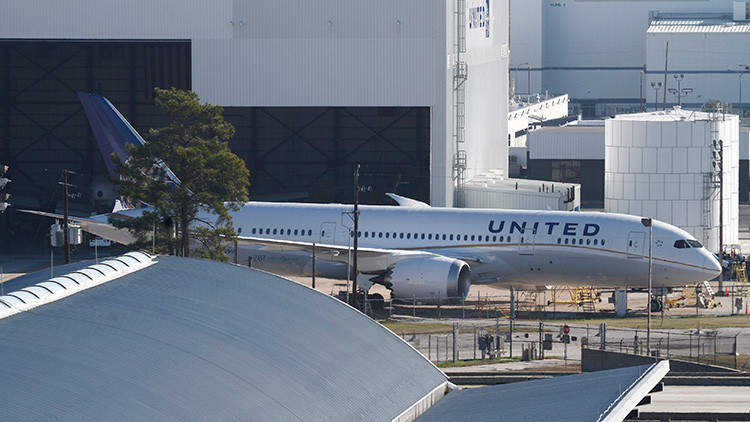Un avión de United Airlines en el aeropuerto Intercontinental George Bush, Houston, EE.UU.