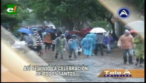 Día de los difuntos: Ni la lluvia detuvo a dolientes para visitar los cementerios
