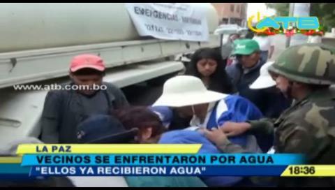 La Paz: Escasez de agua genera grescas y peleas entre vecinos