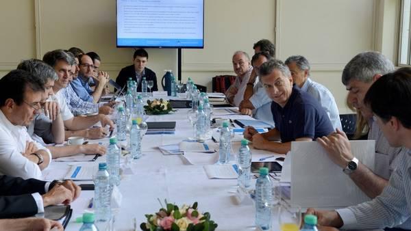 Mauricio Macri con parte de su Gabinete. Foto Presidencia