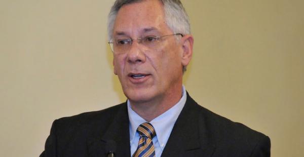 Eduardo Rodríguez Veltzé es el agente ante La Haya por el caso Silala.
